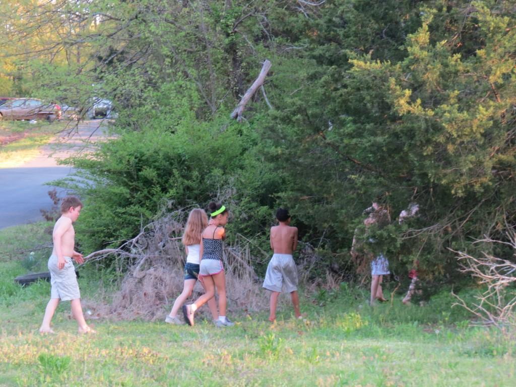 Suggins children of Arkansas in their natural habitat